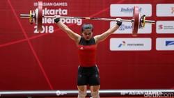 Otot kekar identik dengan kaum pria, padahal wanita pun bisa membentuk tubuh jadi berotot kok. Deretan srikandi Asian Games 2018 tanah air ini jadi buktinya.