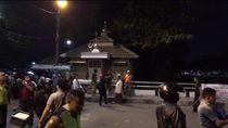 Video: Tawuran Warga Kembali Terjadi di Depan Pasar Rumput