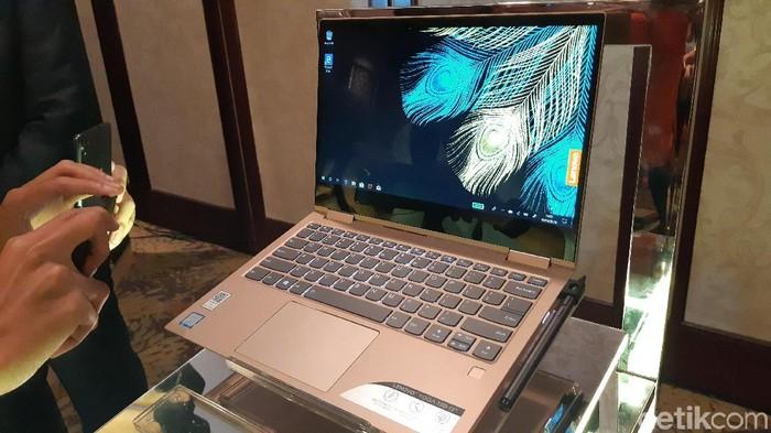 Lenovo multimode Yoga 730. (Foto: detikINET/Virgina Maulita Putri)