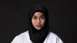Defia Rosmaniar berhasil menyumbang medali emas pertama untuk Indonesia di cabang Taekwondo Asian Games 2018. Lihat bugarnya Defia saat latihan berikut ini.