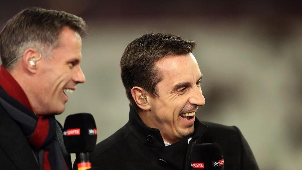 Neville Kalah Taruhan dengan Carragher, Harus Pakai Jersey Liverpool