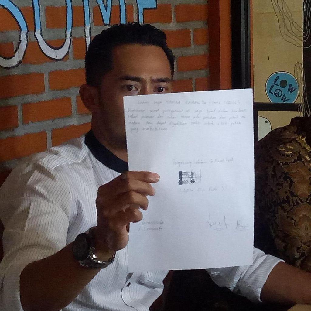 Yama Carlos Buat Surat Pernyataan Agar Istri Tak Ulangi Kesalahan Lagi