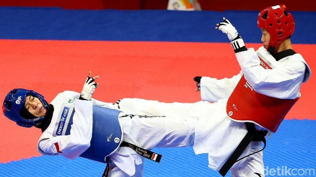 Luo Zongshi Tundukkan Cinta Nadya Permata di Cabang Taekwondo