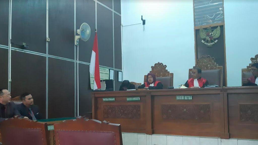 Sidang Facebook di PN Jaksel Ditunda, Alasannya?