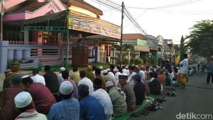 Jemaah DII di Surabaya Salat Id Hari Ini, Potong Kurban Besok