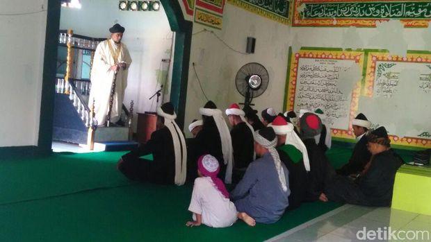 Jemaah Lathiful Akbar Salat Idul Adha.