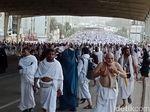 Lempar Jamrah, Jemaah Haji Harus Hindari Jam Terlarang