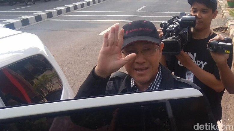 Anggota DPR F-PAN Sukiman Ditanya KPK soal Penggeledahan
