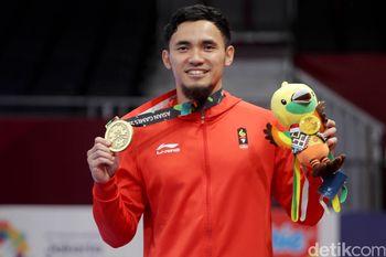 Senyum Kemenangan Hulaefi Usai Meraih Medali Perunggu