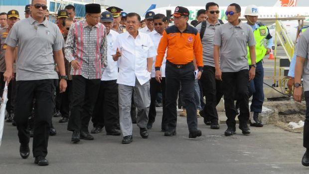 JK akan meninjau dan menggelar rapat terkait penanggulangan gempa bumi di Lombok.