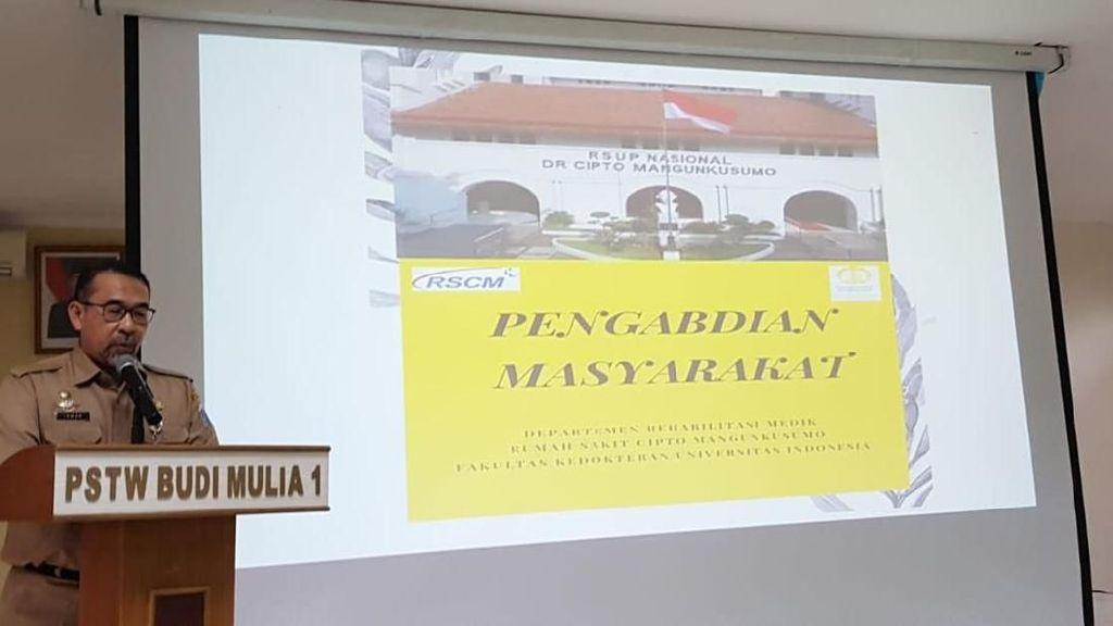 RSCM-FKUI Gelar Pelatihan 70 PHL Panti Werdha Cipayung