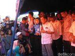 Kunjungi Korban Gempa NTB, JK Janji Bangunkan Sekolah dan Rumah