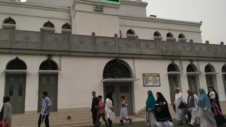 Dewan Pembina Jelaskan Alasan Masjid Al-Azhar Idul Adha Hari Ini