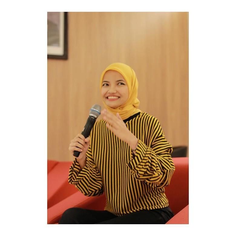 Mau Resign? Kenalan Yuk dengan Si Ratu Cungpret Almira Bastari Foto: Dok.Almira Bastari/ Instagram