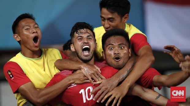 Timnas Indonesia U-23 lolos ke babak 16 besar sebagai juara Grup A Asian Games 2018.