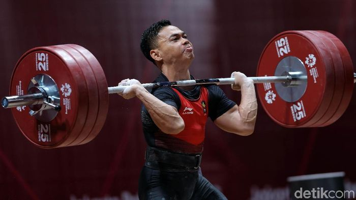 Tim angkat besi Indonesia tampil di IWF World Cup 2019 dalam rangka pengumpulan poin Olimpiade 2020 (Foto: Agung Pambudhy)