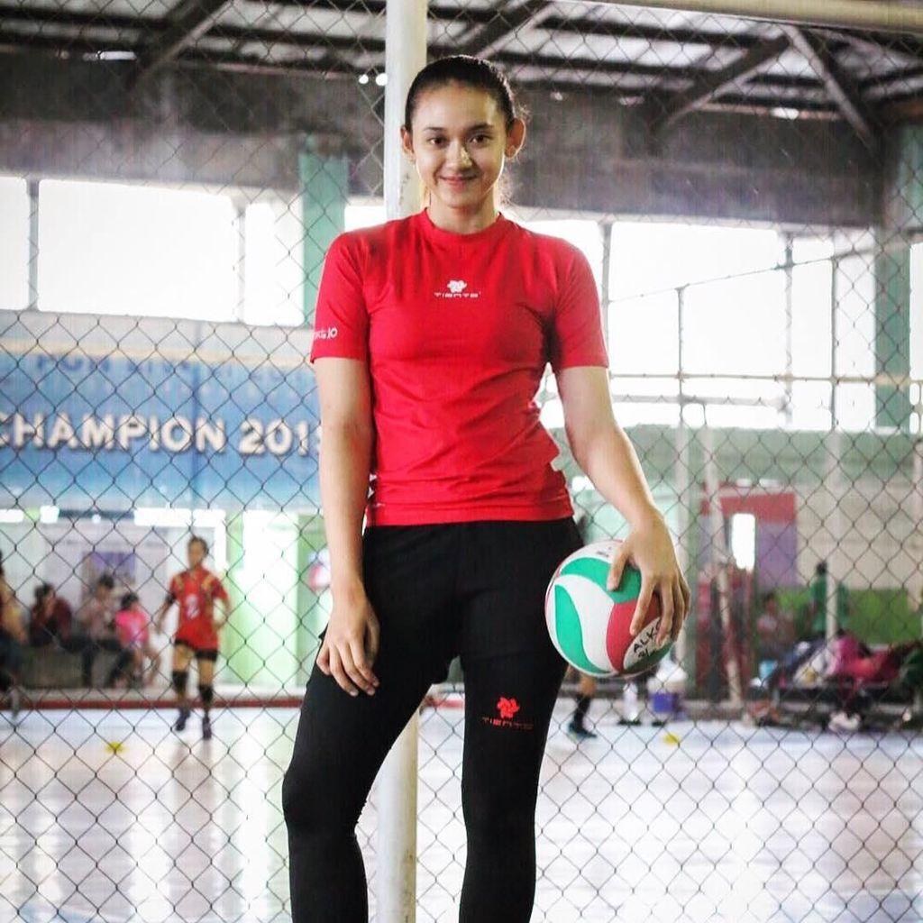 Gaya Olahraga Pungky Afriecia, Atlet Voli Cantik di Asian Games