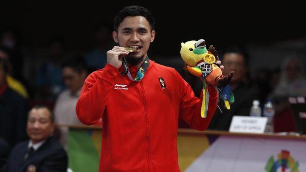 Kekasih Lindswell Kwok, Ahmad Hulaefi juga memutuskan pensiun usai Asian Games 2018. (