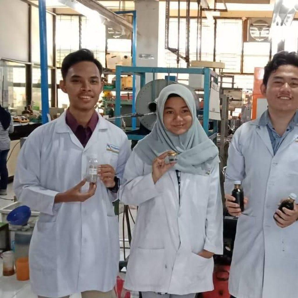 Mahasiswa ITS Ini Hasilkan Bioavtur Berkatalisator Abu Sekam Padi