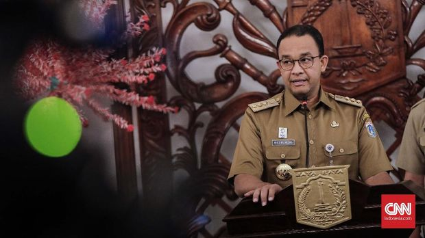 Belum Ada Solusi Permanen, Anies Tak Copot Jaring Kali Item