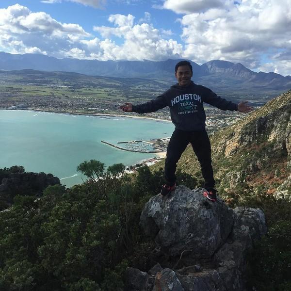 Di Capetown, Eko Yuli sempat jalan-jalan menikmati pemandangan indah Afrika Selatan (ekopower62/Instagram)