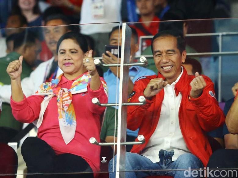 Via Vallen Dibayar Profesional untuk Nyanyikan Lagu Kampanye Jokowi