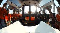 Wefie di dalam Bus Otonom Asian Games.