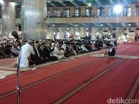 Misa di Katedral Khidmat, Salat Idul Adha Istiqlal Khusyuk