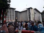 Jemaah Idul Adha Mulai Berdatangan ke Masjid Istiqlal
