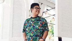 Ketawa Dulu! Kocaknya Ricky Cuaca Tiru Jokowi Joget Dayung