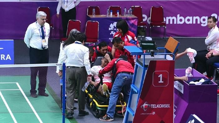 Anthony Sinisuka Ginting mengalami cedera saat menghadapi China di Asian Games 2018 (Foto: Intan - Biro Pers Setpres)