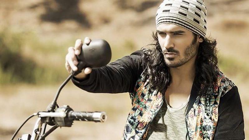 Nitin Chauhaan merupakan salah satu aktor dan juga model tampan dari India. (nitinchauhanofficial/Instagram)