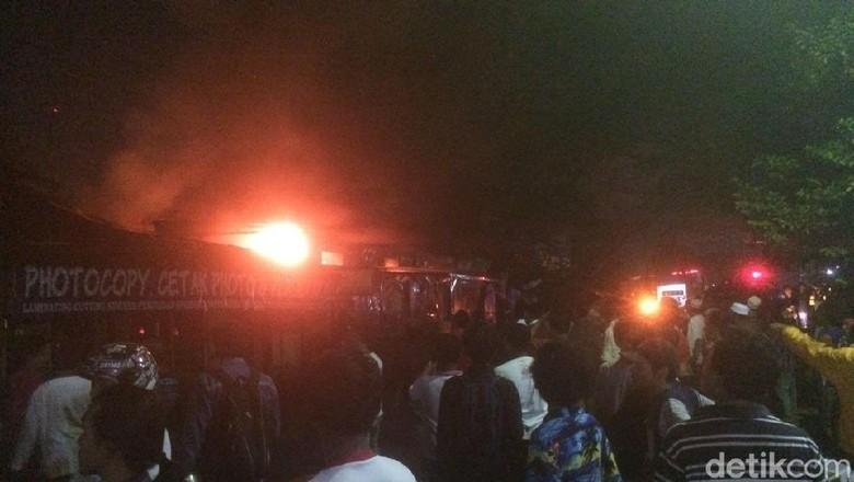 Gudang Alat Industri di Cilegon Terbakar, Terdengar Ledakan