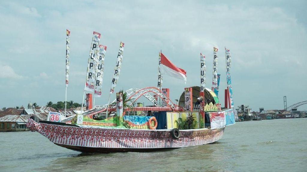 Atraksi Perahu Bidar Hebohkan Festival Sriwijaya