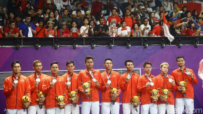 Indonesia meraih medali perak di cabang bulutangkis nomor beregu putra Asian Games 2018 (Foto: Grandyos Zafna)