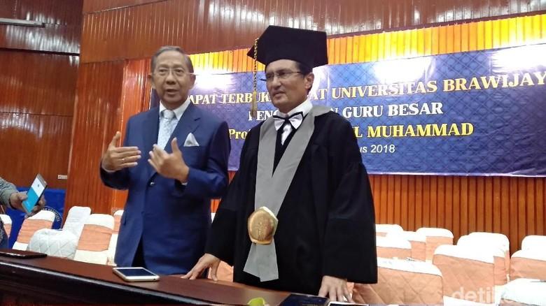Jadi Guru Besar, Fadel Akan Undang Kepala Daerah Isi kuliah