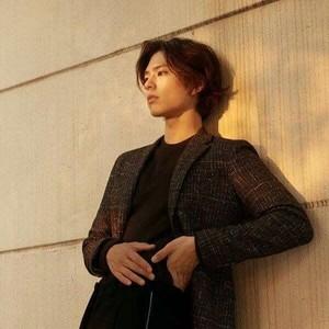 Lebih Macho, 10 Pesona Aktor Drama Korea Saat Rambutnya Gondrong