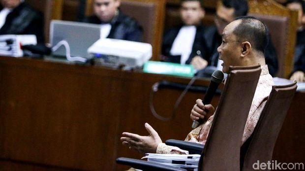 Sidang kasus BLBI dengan terdakwa Syafruddin Tumenggung.