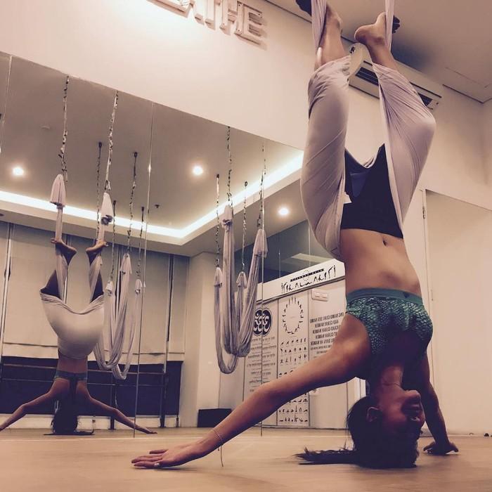 Di luar desas-desus hubungannya dengan Kevin Sanjaya, Maria Selena adalah pecinta olahraga. Foto: Instagram/mariaselena_
