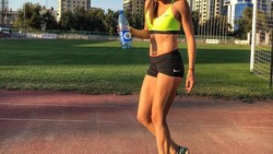 Anna Bulanova, atlet lompat jauh Kirgizstan ini mendapatkan perhatian dari netizen. Yuk kita intip caranya menjaga tubuhnya tetap bugar saat Asian Games 2018.