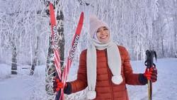 Lihat bugarnya Aries Susanti peraih medali emas untuk Indonesia di cabang Panjat Dinding Asian Games 2018.