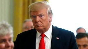 Pengacara Skandal Watergate Yakin Trump Bakal Dimakzulkan