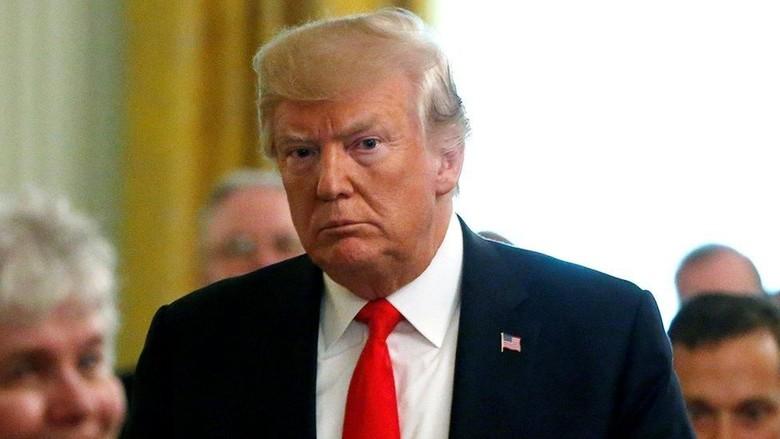 Senator AS Usulkan Penggunaan Konstitusi Untuk Lengserkan Trump