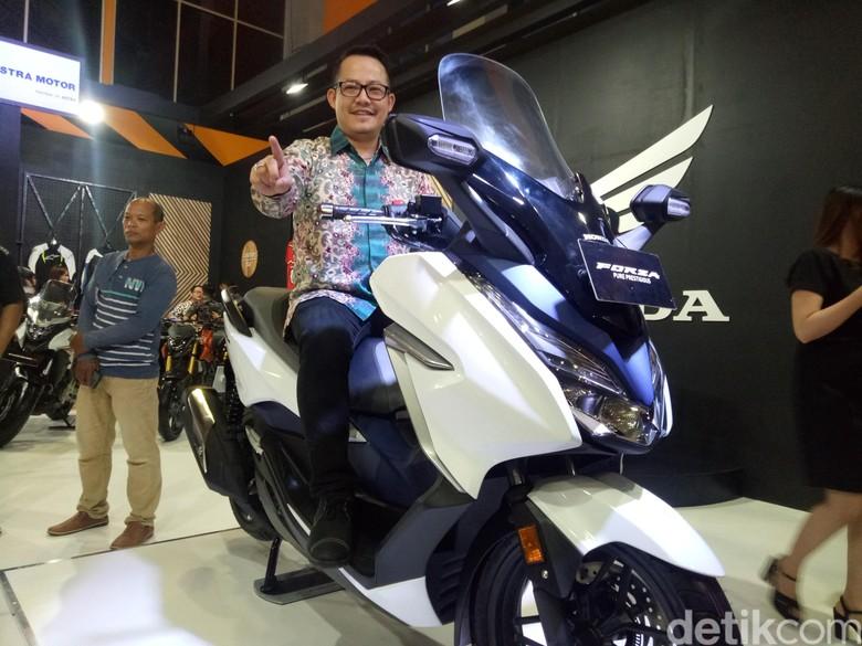 Honda Forza Dikenalkan di Makassar. Foto: Ibnu Munsir