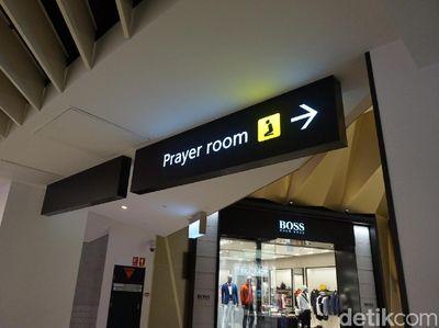 Nyamannya Tempat Salat di Bandara Melbourne Australia
