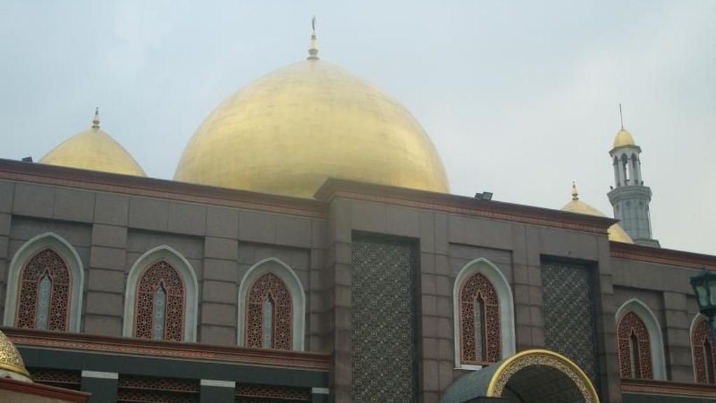 Pendiri Masjid Kubah Emas Depok Meninggal Dunia