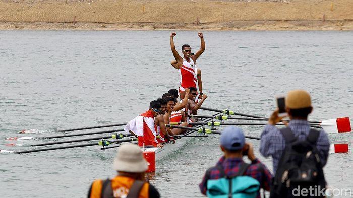 Teriakan Wakanda mengiringi keberhasilan tim dayung meraih emas ke-9 Indonesia di Asian Games 2018 (Foto: Rachman Haryanto)