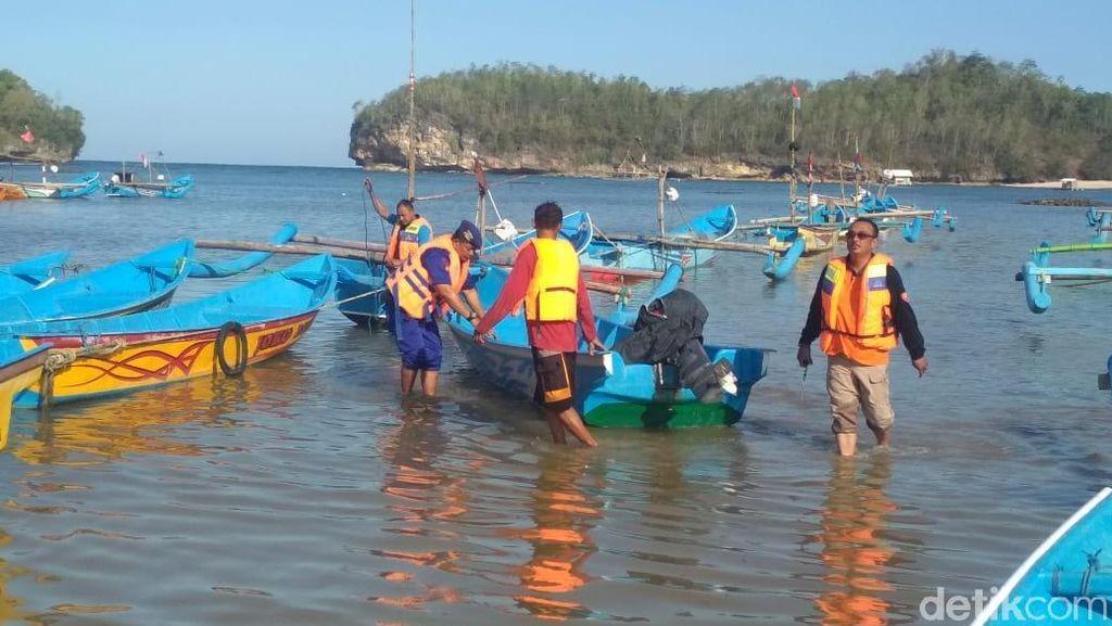 Sulit Dapat Solar, Nelayan Rembang Curhat Tak Bisa Melaut