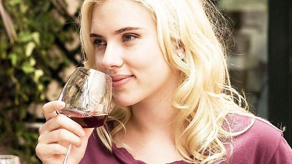 Ini Dia  Makanan Favorit Artis Berpenghasilan Terbesar, Scarlett Johansson
