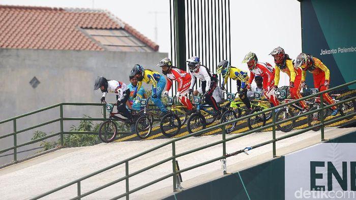 Atlet sepeda BMX akan ikut Kejuaraan Asia di Malaysia (Grandyos Zafna)